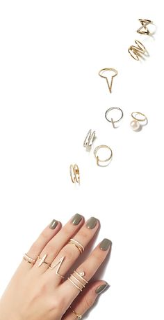 Floating Pearl Ring and Midi Ring Set