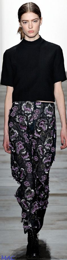 Fall 2015 Ready-to-Wear Wes Gordon Fall Fashion Week, Autumn Fashion, Wes Gordon, Fall Winter 2015, Flower Fashion, Designer Collection, Couture Fashion, Lace Skirt, Ready To Wear