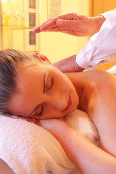 Ein perfektes Geschenk für Ostern - Wellness, Spa oder Massage Gutscheine #ostergeschenk #entspannungpur #auszeit