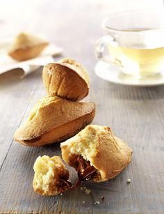 Recette de cuisine : Madeleines au coeur fondant chocolat-noisettes