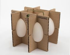 Packaging design is one of the most successful criteria in marketing of a product especially foodies. Here is a post on Amazing Egg Packaging for Inspiration. Packaging Carton, Smart Packaging, Fruit Packaging, Glass Packaging, Food Packaging Design, Packaging Design Inspiration, Brand Packaging, Packaging Ideas, Corrugated Packaging