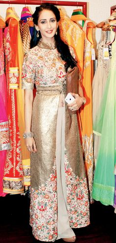 Chahat Khanna at a fashion preview. #Page3 #Fashion #Style #Beauty