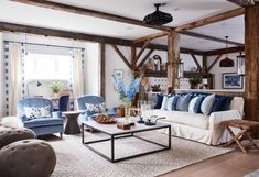 Beautiful Farmhouse Living Room Ideas! Find some of the best farmhouse themed living room decorations and designs that you can use for inspiration. We have modern farm home living rooms and more. Best Interior Design, Interior Design Inspiration, Design Ideas, Interior Styling, Living Room Designs, Living Room Decor, Living Rooms, Family Rooms, Bedroom Decor