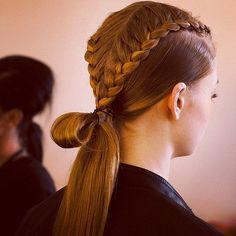 Top 60 All the Rage Looks with Long Box Braids - Hairstyles Trends Box Braids Hairstyles, Ethnic Hairstyles, Hairstyles 2018, Male Hairstyles, Runway Hair, Corte Y Color, Editorial Hair, Long Brown Hair, Braids For Long Hair