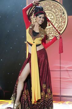 Miss Vietnam | Community Post: 30 Gorgeous Miss Universe National Costumes