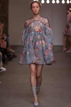 Zimmermann | Коллекции весна-лето 2016 | Нью-Йорк | VOGUE