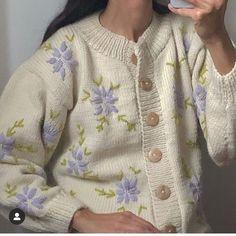 Lucero Sweater via Pretty Outfits, Cool Outfits, Fashion Outfits, Dou Dou, Estilo Retro, Aesthetic Clothes, I Dress, In This World, Korean Fashion