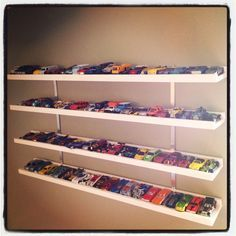 1000 ideas about hot wheels display on pinterest for Hot toys display case ikea