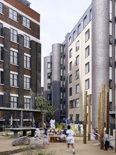 Mint Street Peabody Housing / Pitman Tozer Architects