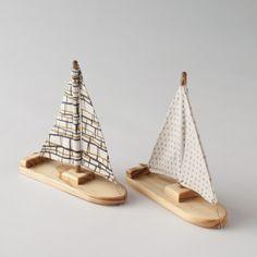 wooden bath boats $25