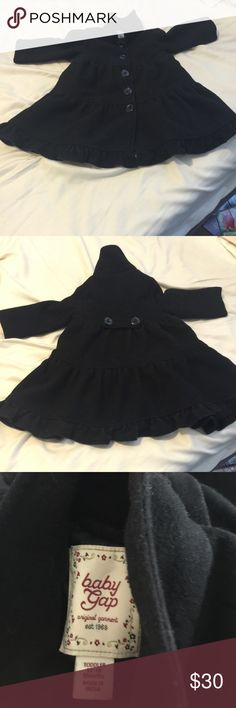 Baby gap girls winter jacket Great shape.  Black color is still vibrant.  Thrill at the bottom and two buttons in the back.  Great for a winter evening that requires tour toddler to have a little pizazz. 🌺20% or more of purchase of 2 or more Baby gap Jackets & Coats Blazers
