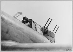 The pilot of a Boulton Paul Defiant Mk I of No. 264 Squadron in his cockpit, Kirton in Lindsey, Lincolnshire, August 1940. The Blitz, Battle Of Britain, Ww2 Aircraft, Royal Air Force, World War, Planes, Fighter Jets, Bob, British