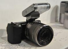 Sony NEX-5 flash