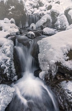 Photographing Waterfalls by. Ski, Winter Scenery, Winter Beauty, Nice View, Namaste, Photography Tips, Photo Art, In This Moment, Waterfalls
