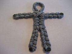 How to Make a Posable Army Man/Woman #paracord #toy #stick_figure