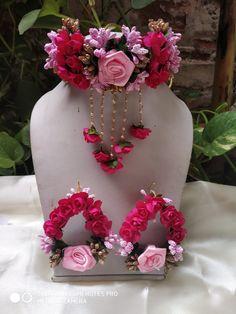 Handmade Beautiful Red And Pink Flower Set Indian Bridal Haldi Mehndi Jewelry Indian Wedding Jewelry, Bridal Jewelry, Bridal Bangles, Indian Bridal, Indian Jewelry, Flower Jewellery For Mehndi, Flower Jewelry, Flower Necklace, Bridal Flowers