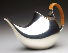 Karl Gustav Hansen teapot.