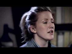 Ellie Goulding - Wish I Stayed (Acoustic)