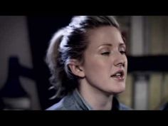 Ellie Goulding - Wish I Stayed (Acoustic)