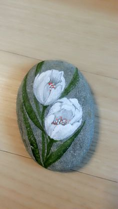 Stone and flowers Watermelon, Fruit, Stone, Flowers, Pebble Stone, The Fruit, Royal Icing Flowers, Rocks, Flower