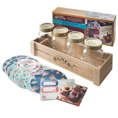 The Kilner Twist Top Canning Jars Gift Set provides a personable way to store homemade preserves or fillings to give as gifts. Use the included recipe booklet to create delicious treats. Jar Storage, Storage Containers, Kitchen Storage, Pots, Kilner Jars, Mason Jars, How To Make Jam, Jam Jar, Jar Gifts