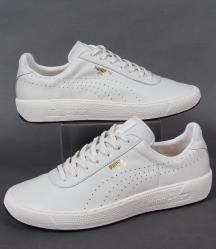 Puma Star Trainers in Vintage White