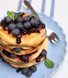 Breakfast for Dinner - Lets have a Brinner (WhatInaloves ❤) Breakfast For Dinner, A Food, Pancakes, Food Photography, Sweets, Let It Be, Dinner Ideas, Meal, Food Food