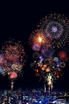 Don't know where this is but amazing fireworks