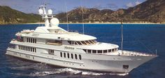 Yacht Charters on the Motor Yacht HUNTRESS