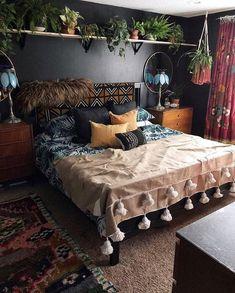 Bohemian Bedroom Decor, Home Decor Bedroom, Bedroom Furniture, Bedroom Ideas, Bedroom Designs, Black Furniture, Bedroom Inspo, Bedroom Inspiration, Furniture Decor