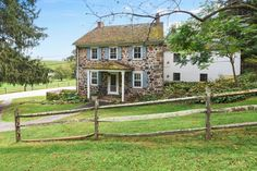 5 really old stone homes for sale in Pennsylvania's countryside - Curbed Philly Stone Exterior Houses, Old Stone Houses, Modern Exterior, Exterior Paint, House Exteriors, Grey Stone House, Stone House Revival, Cheap Houses For Sale, Condos