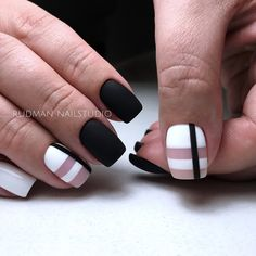 Elegant Black And White Nail Art Designs You Need To Try; Elegant Black And White Nail Art Designs; Elegant Black And White Nail; Black And White Nail; Black And White Nail Art Designs; Black And White Nail Art, Black Art, Matte Black Nails, Minimalist Nails, Super Nails, Creative Nails, Perfect Nails, Trendy Nails, Nail Arts