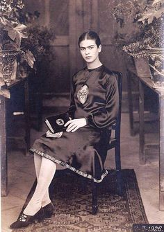 lesson_kahlo's biography