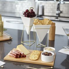 Don't forget to include some good design when hosting your friends for a few cocktails and hors d'oeuvres. We are getting our pre brunch party started with our TRIGG vessels and SAVORE serving tray. Cool Kitchen Gadgets, Kitchen Items, Home Decor Kitchen, Cool Kitchens, Kitchen Dining, Serving Tray Decor, Cute Kitchen, Küchen Design, Kitchen Essentials