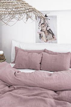 Trendy Ideas For Bedroom Loft Design Ideas Dream Decor, Home, Bed Linen Design, Bedroom Design, Decor Interior Design, Bedroom Loft, Bed Linens Luxury, Dusty Pink Bedding, Small Bedroom