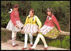 alföldi- these girls look like they are dressed in candy canes and the peppermints at your grandmother's house. Folk Costume, Costumes, Hungarian Embroidery, Chain Stitch, These Girls, Traditional Outfits, Hungary, Harajuku, Braids