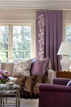 Add a trim or embroidered detail to the lead edge of your #draperypanel designs. This helps to frame the window, creating a focal point and adding visual interest. #designtrends #pleatedpanels #windowtreatment