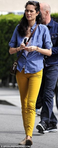 yellow jeans / chambray