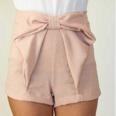 I love bows!(: