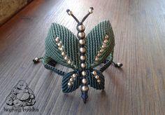 Butterfly macrame bracelet handmade bracelet por byLaughingBuddha