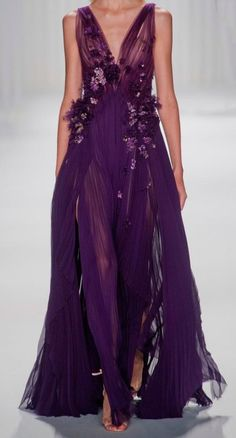 Mendel at New York Fashion Week Spring 2013 - StyleBistro Gorgeous! Purple Fashion, Look Fashion, Beautiful Gowns, Beautiful Outfits, Fairy Dress, Looks Style, Purple Dress, Purple Gowns, Dream Dress