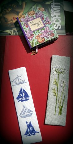 cross stitch bookmarks Easy Cross Stitch Patterns, Simple Cross Stitch, Cross Stitch Designs, Cross Stitch Bookmarks, Diy Bookmarks, Cross Stitching, Cross Stitch Embroidery, Book Markers, Book Making