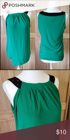 8bed2a5580c15 Calvin Klein Top sz XS Great emerald green color with gold detail around  neckline. Faux