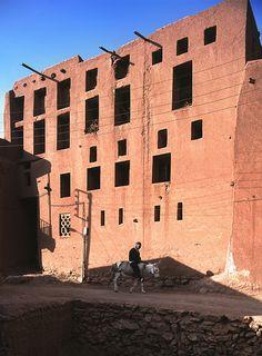 Iran. abiyane — great wall | by guen-k