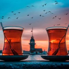 The 20 Best Dishes to Try in Turkey Istanbul City, Istanbul Travel, Iftar, Antalya, Places Around The World, Around The Worlds, Turkish Tea, S Bahn, Pamukkale