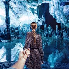 Murad Osmann: the Reed Flute Cave with Who knows which Chinese city is this magical . Viria, Murad Osmann, Youtube Videos For Kids, Winter Photos, Photo Series, Tour Eiffel, Girl Humor, Flute, Kids Playing