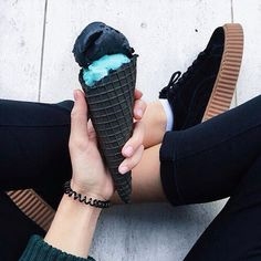 Image shared by JcB. Find images and videos about black, grunge and food on We Heart It - the app to get lost in what you love. Tumblr Photography, Beauty Photography, Food Photography, Photography Styles, Minimal Photography, Black Photography, Blog Azul, Black Ice Cream, Hipster Blog