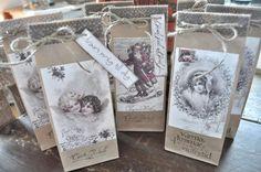 Gift bags Inspiration i vitt Christmas Gift Bags, Christmas Crafts For Gifts, Christmas Diy, Christmas Decorations, Craft Bags, Craft Gifts, Decor Crafts, Creative Design, Gift Wrapping