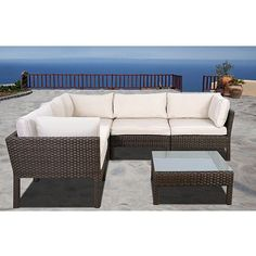 This wicker sectional that combines quality, style and confort. This modern set will make an immediate impact in your patio with contemporary style.