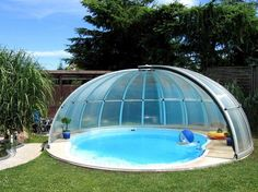 Openable swimming pool enclosure ORIENT can be installed over also non-round pools.